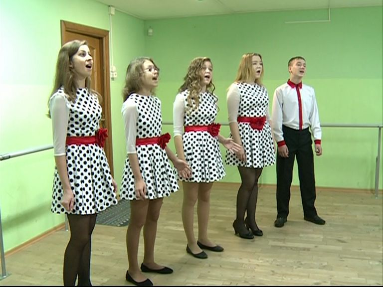 Ансамбль пошехонской школы искусств успешно выступили на шестом фестивале детского и молодежного творчества