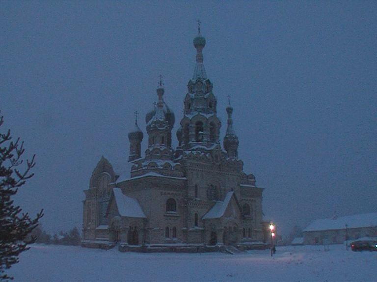 В Кукобое начался масштабный ремонт храма Спаса Нерукотворного Образа