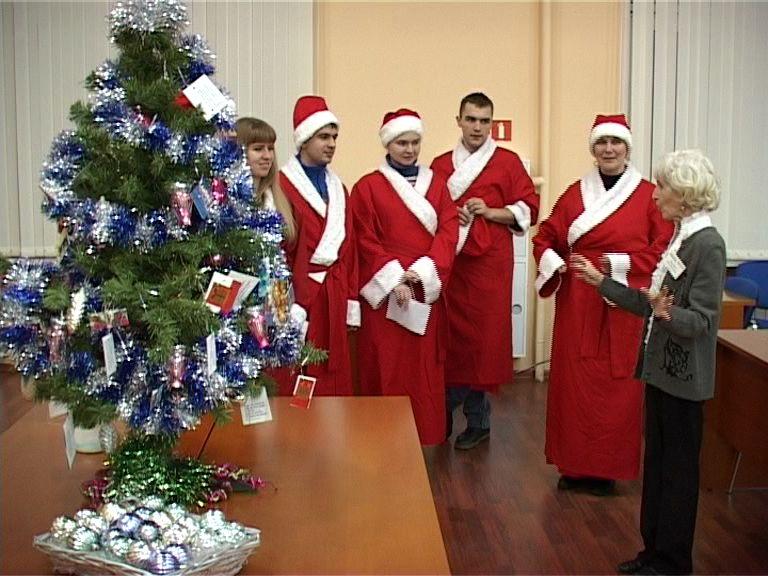 Рыбинскую школу Дедов Морозов покинули первые выпускники
