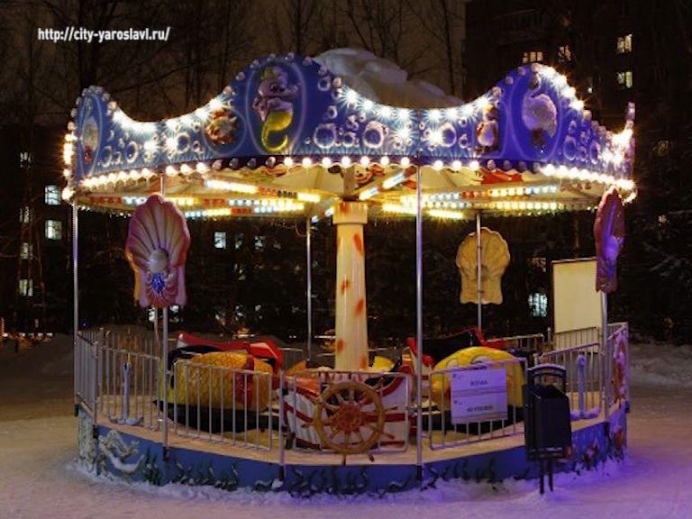 В новогодние праздники в парках Ярославля будут работать карусели