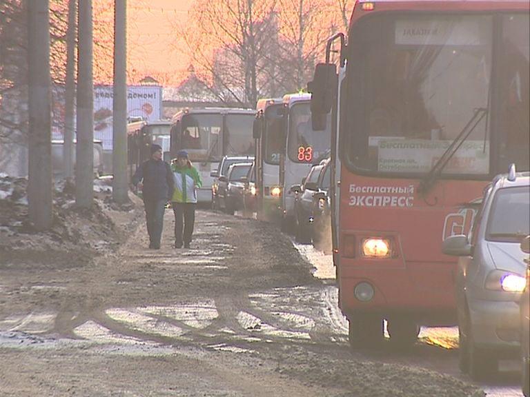С 30 декабря вводятся ограничения остановки и стоянки транспортных средств в районе улицы Карабулина