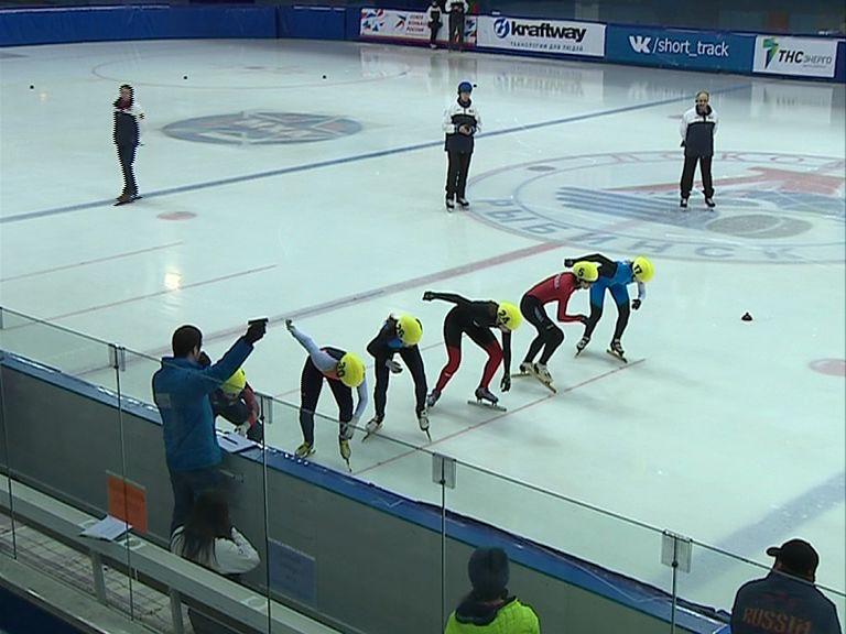 Рыбинские спортсмены взяли медали по итогам домашнего первенства России по шорт-треку