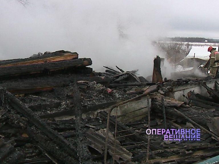 Пожилая пара из деревни Сопелки осталась без крыши над головой