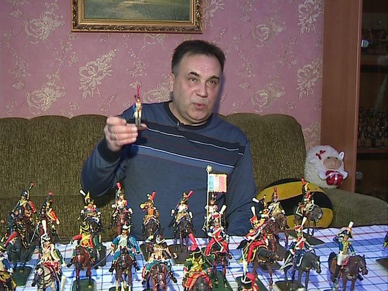 Бывший полицейский делает уникальные фигурки солдатиков из пластилина