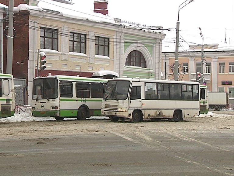 Ярославские маршрутки: проезд не повысится, а водителей обяжут носить униформу