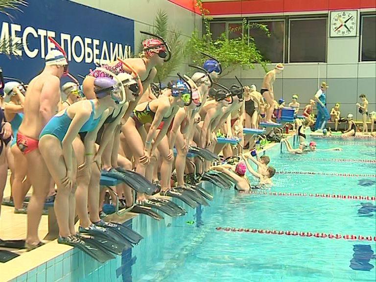 Ярославские пловцы вернулись с россыпью медалей из Челябинска