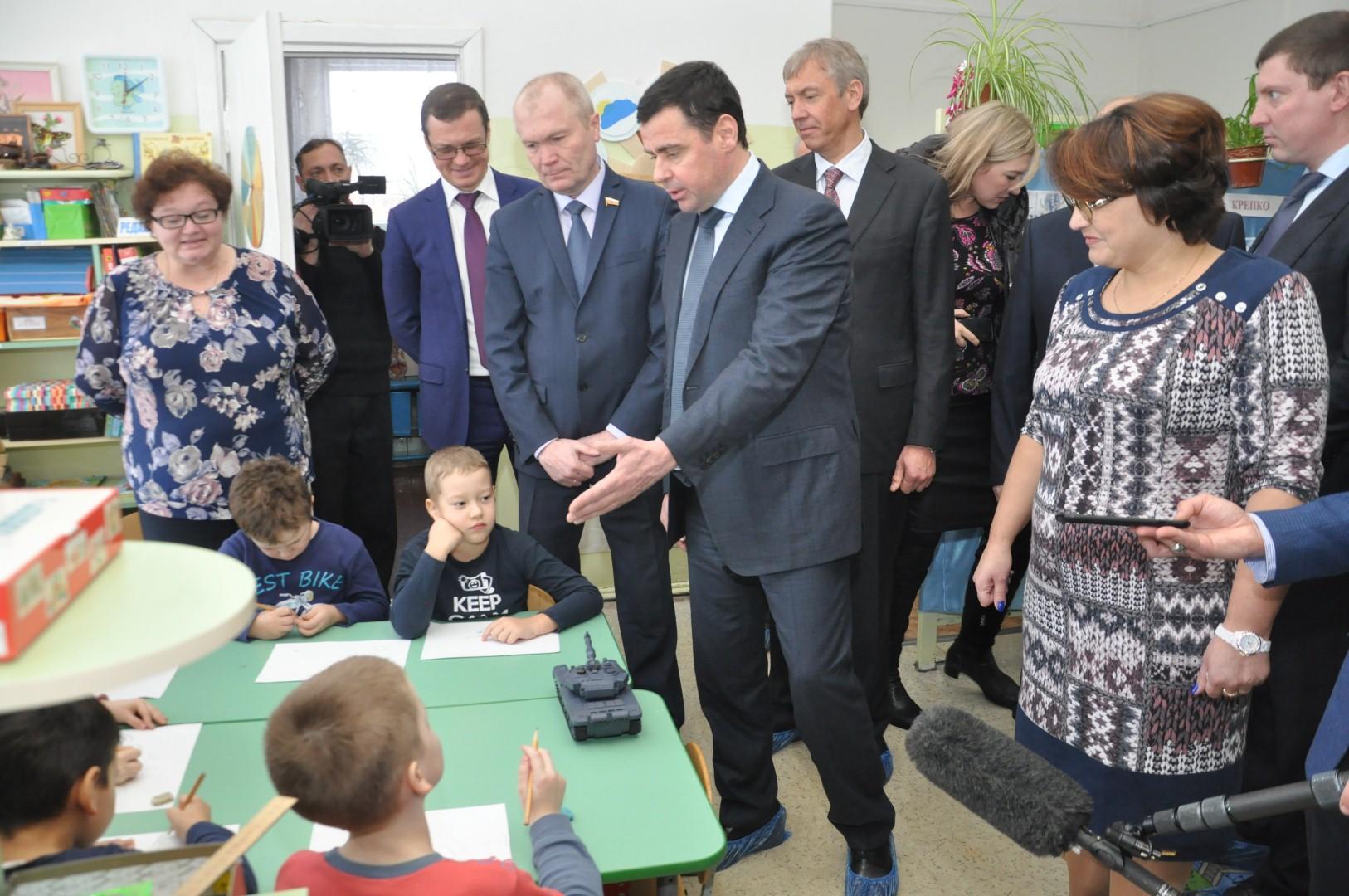 Дмитрий Миронов в Угличе: ремонт детсад, поддержка фермеров и кольцевая дорога