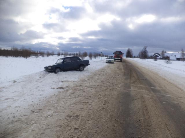 На трассе Большое Село-Дунилово «семерка» насмерть сбила 63-летнего мужчину