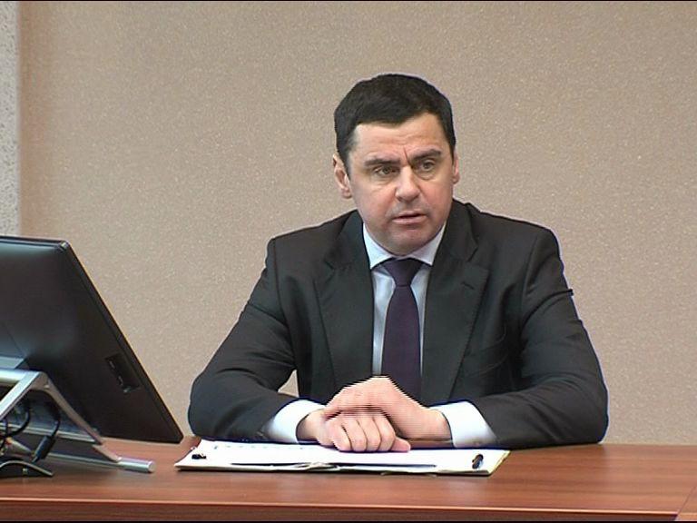 На оперативном совещании под руководством Дмитрия Миронова обсудили перспективы Борисоглебского района