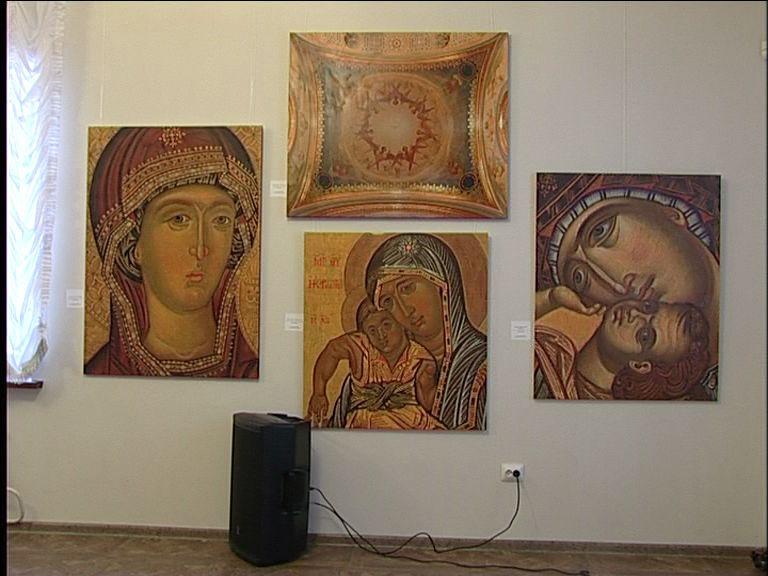 Открылась выставка картин народного художника России Евгения Максимова