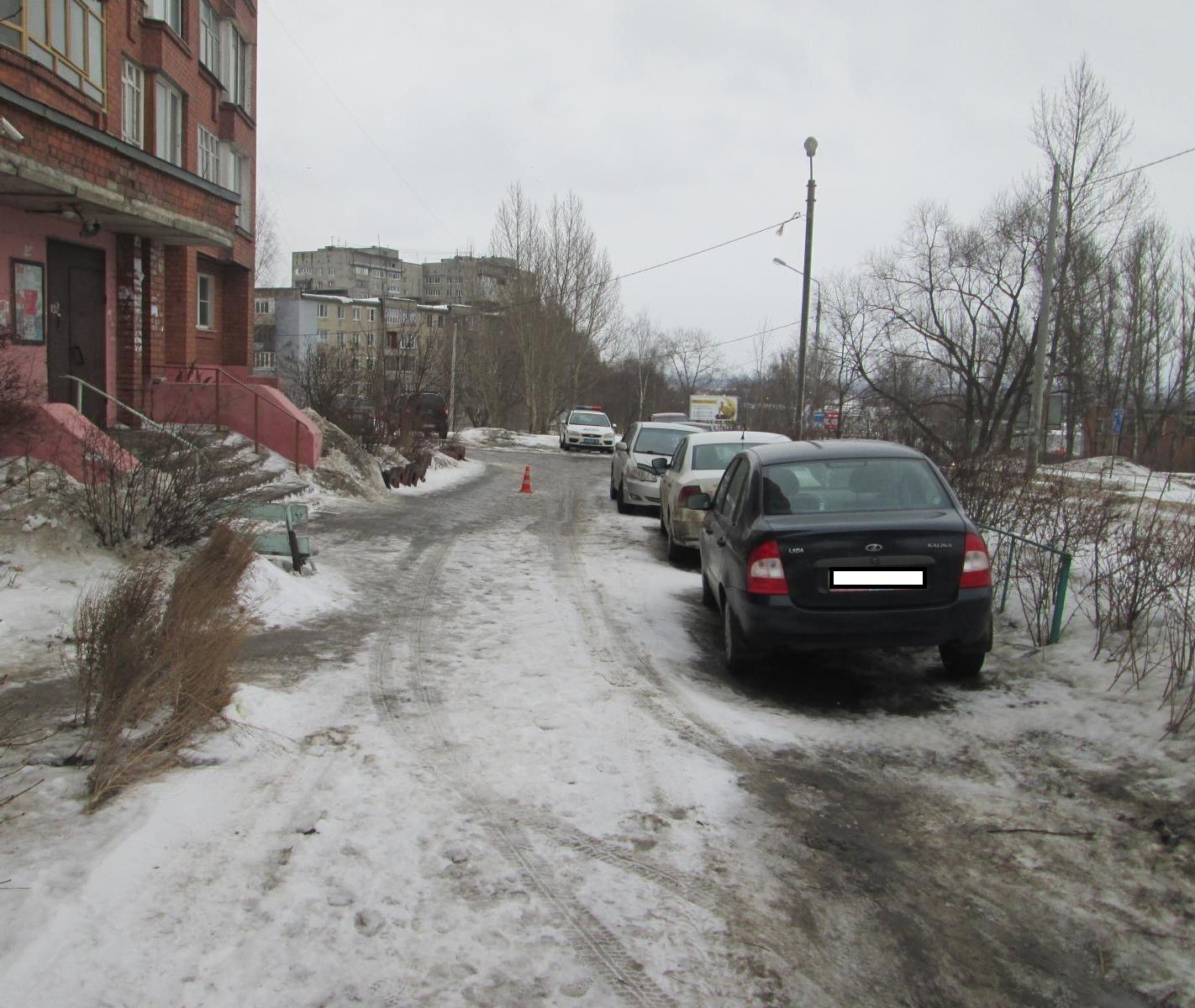 На Калинина водитель на иномарке сбил 5-летнего ребенка