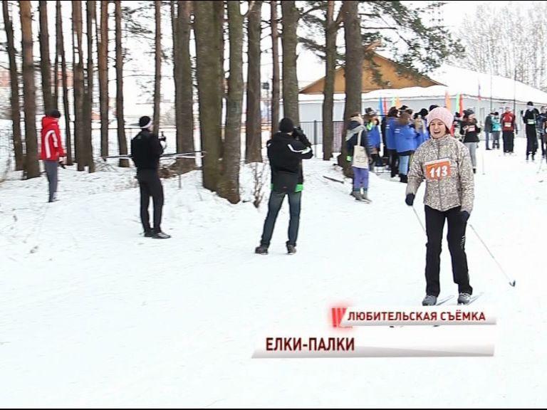 Более 100 человек приняли участие в благотворительном лыжном забеге «Елки-палки»