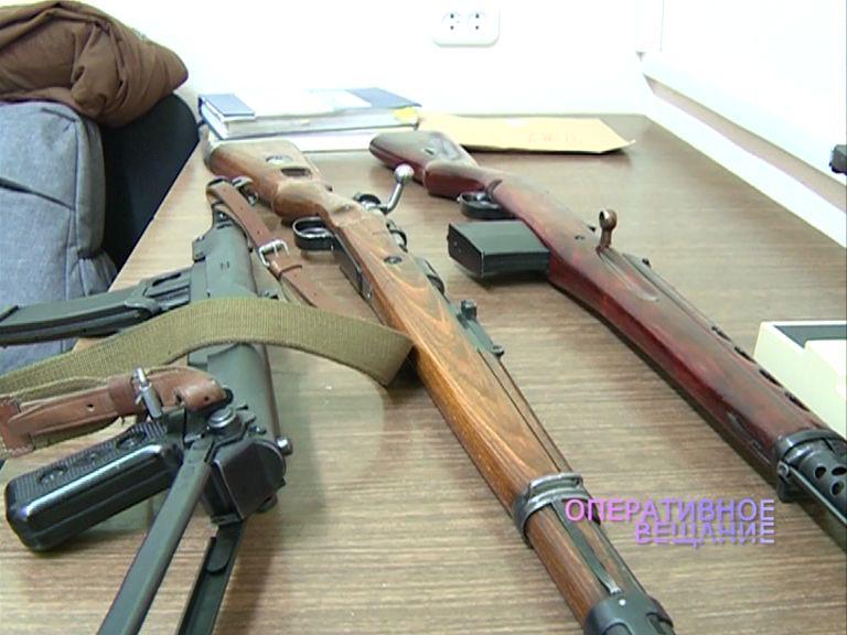 В Ярославле у 14-летнего подростка изъяли трость, в которую был вмонтирован огнестрельный механизм