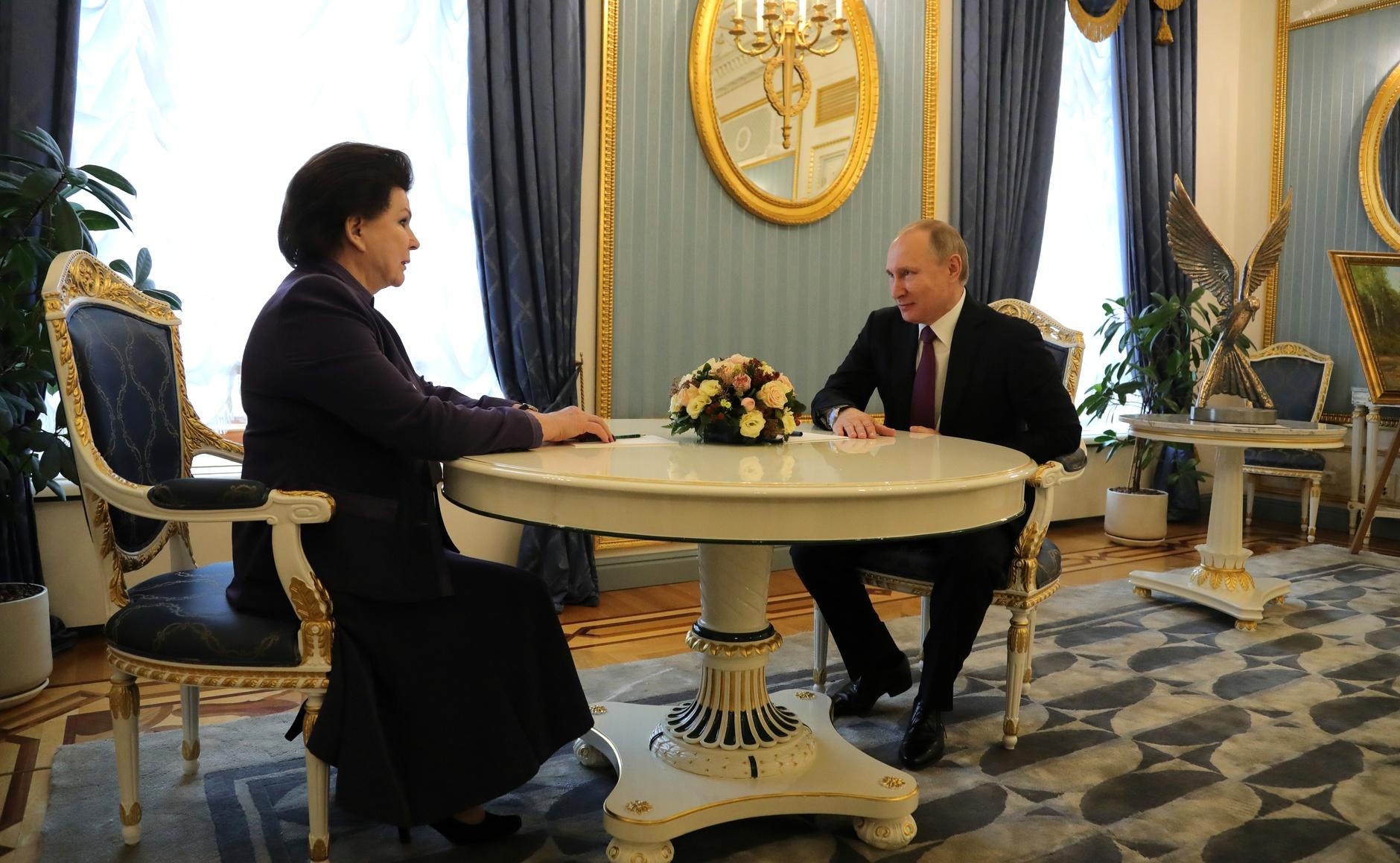 Владимир Путин: «Дмитрий Миронов действительно реально выкладывается, старается»