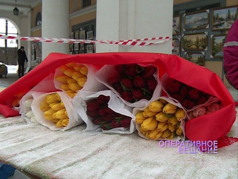 Перед 8 Марта полиция устроила цветочный рейд