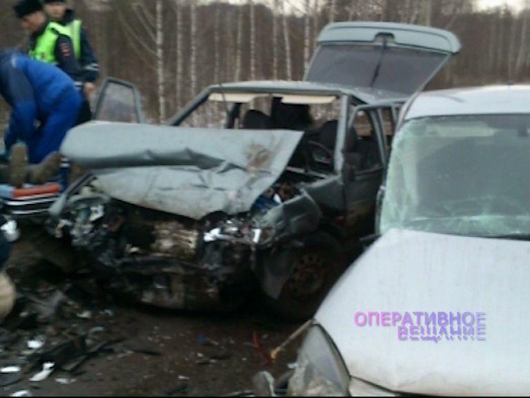 На «пьяной дороге» столкнулись два авто