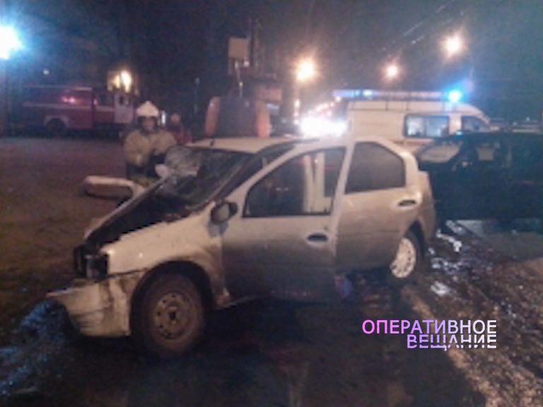 Крупное ДТП на проспекте Октября: один в реанимации, трое пострадавших