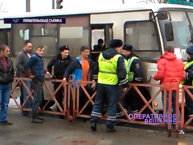 Дебош в маршрутке: Вместо оплаты проезда водитель автобуса получил от пассажира по лицу