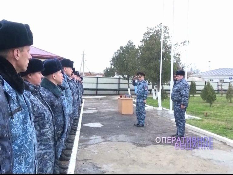 Главный полицейский области навестил ярославских правоохранителей в Дагестане