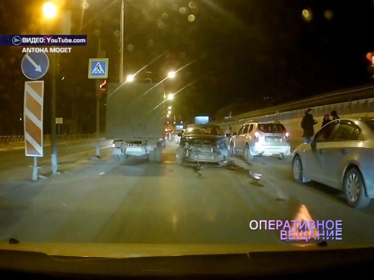На проспекте Фрунзе столкнулись две иномарки