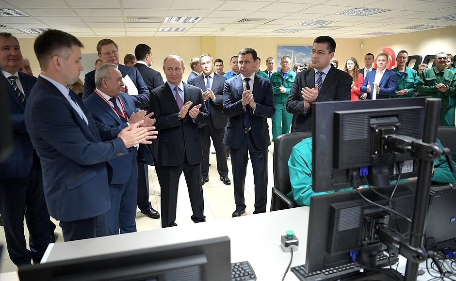 Владимир Путин в Рыбинске дал старт производству корабельных газотурбинных двигателей