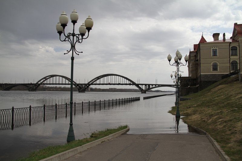Рыбинск тонет: створки на ГЭС в ближайшее время закроют