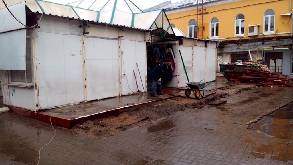 На центральном рынке в Ярославле начали сносить павильоны