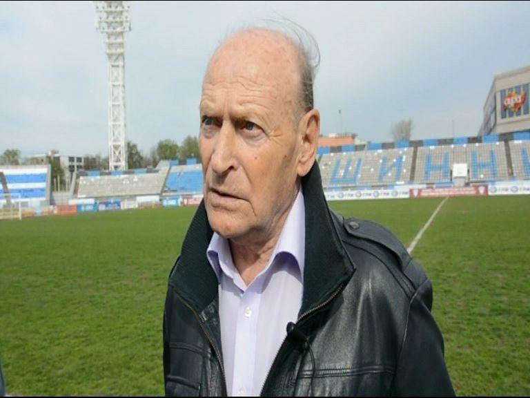 Прославленный советский футболист Валерий Рейнгольд посетил Ярославль