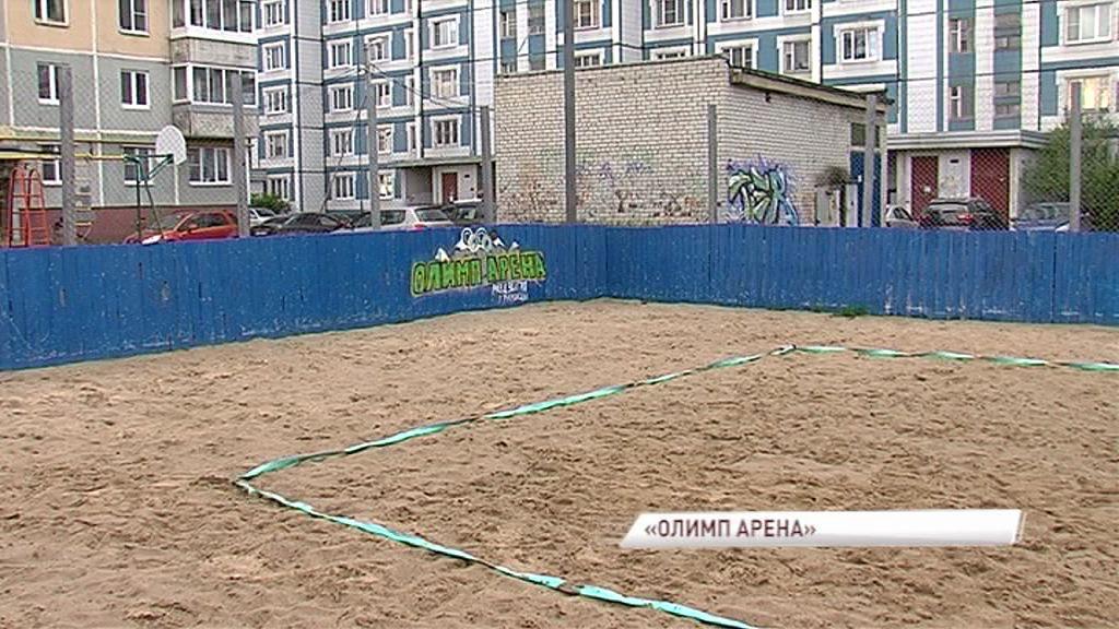 На Ленинградском проспекте к лету готовят спортплощадку