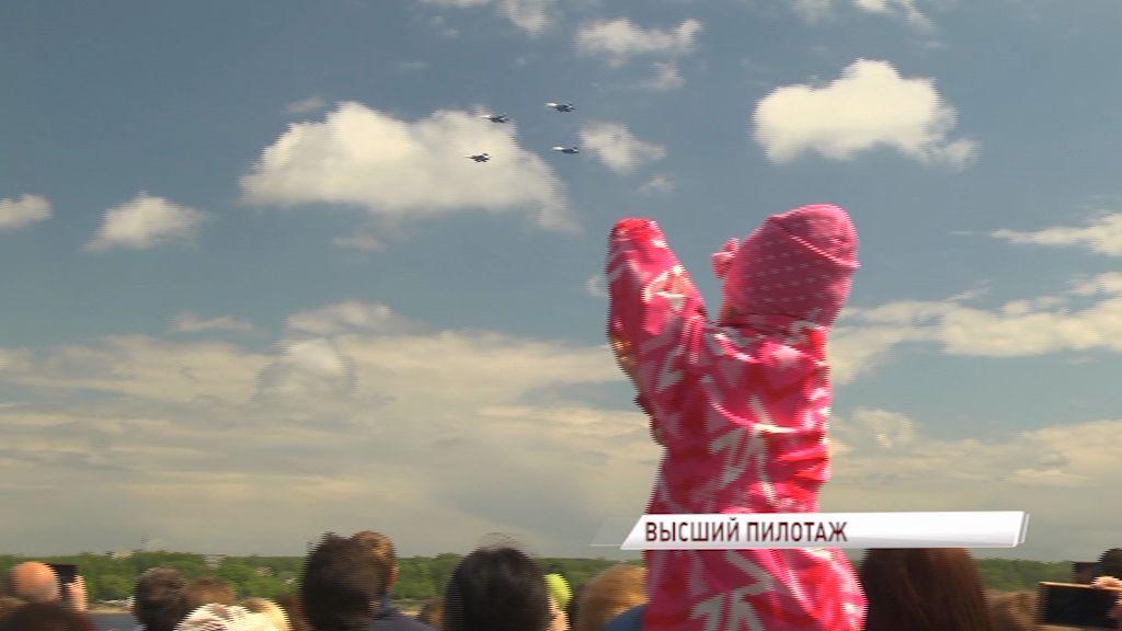 «Русские витязи» показали на Дне города уникальные трюки