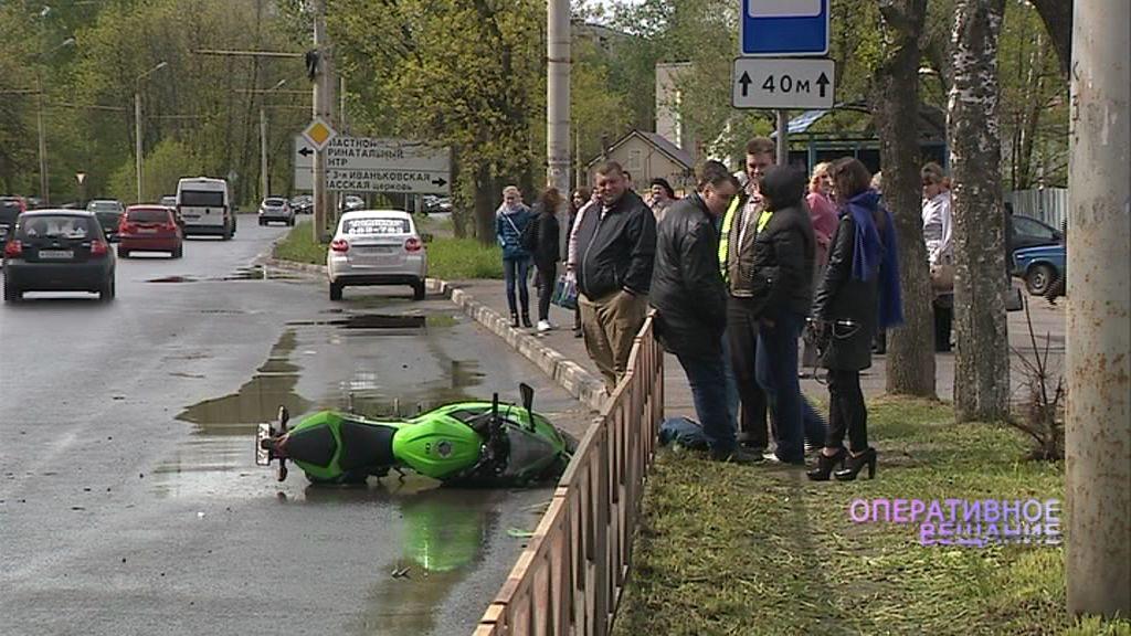 Иномарка и мотоциклист не смогли разъехаться на Тутаевском шоссе