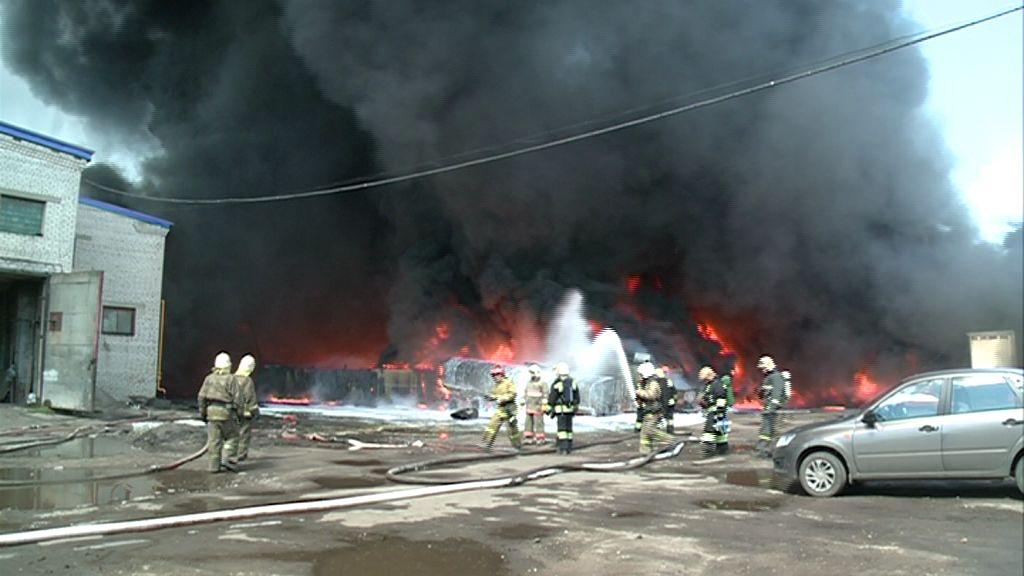Крупный пожар в Ярославле: полная картина ЧП