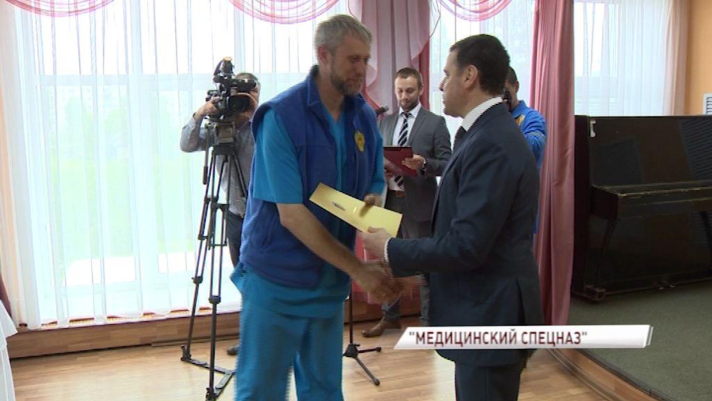 Дмитрий Миронов поблагодарил «медицинский спецназ»