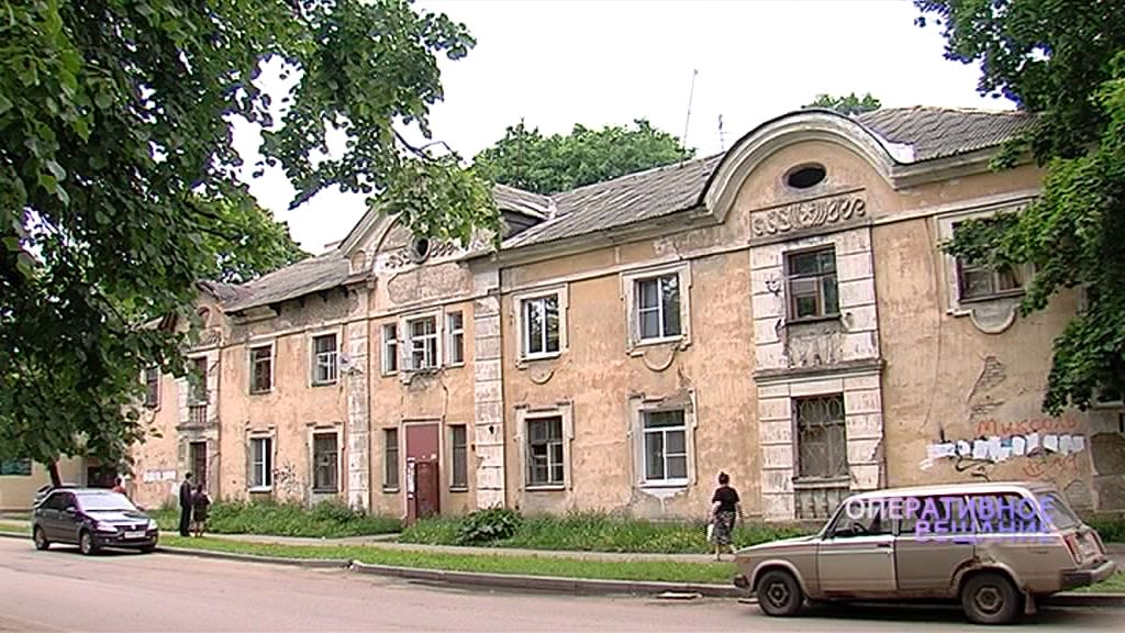 Дом на улице Белинского «тает» на глазах