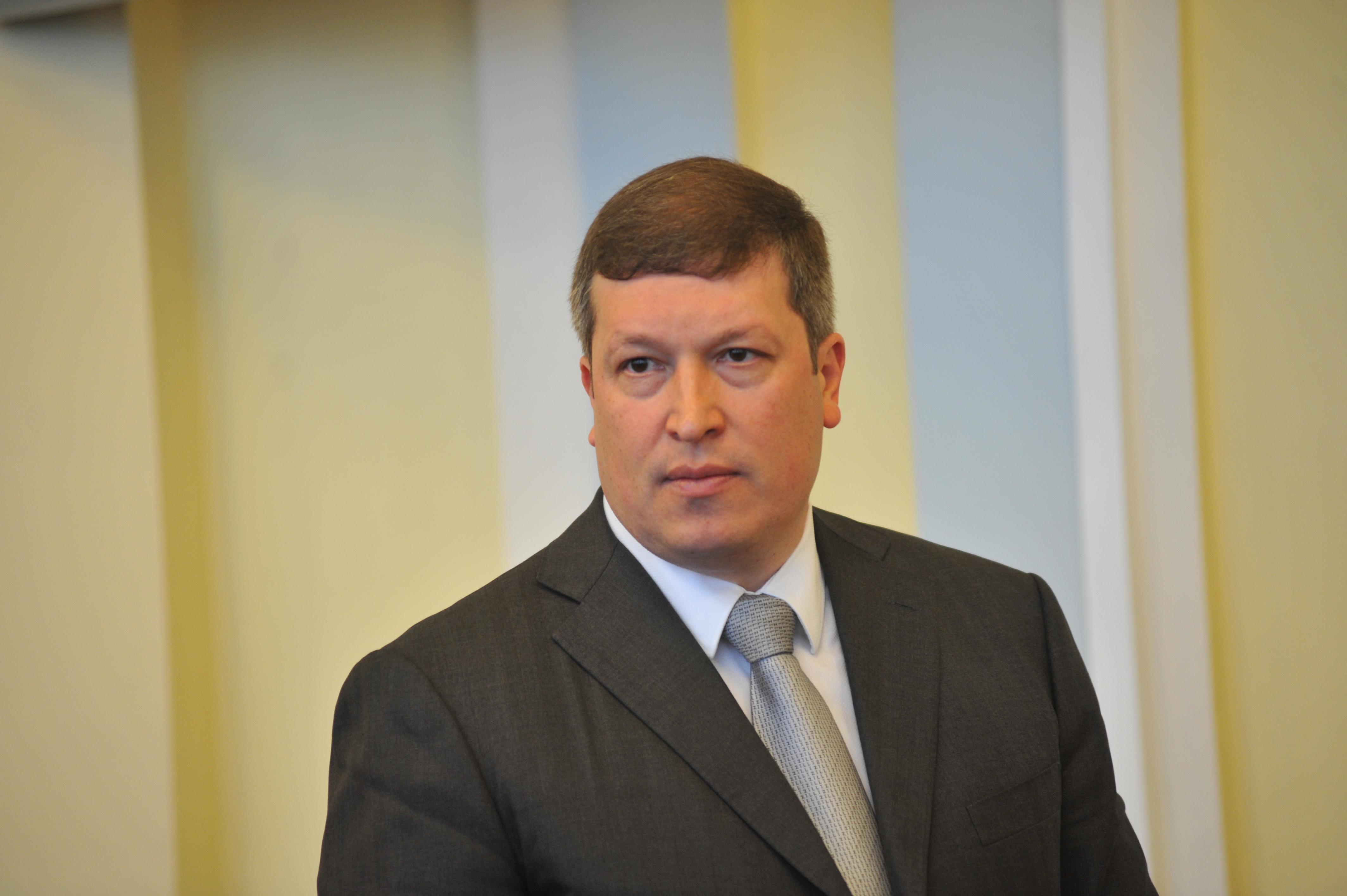 Виктор Неженец назначен директором регионального департамента строительства