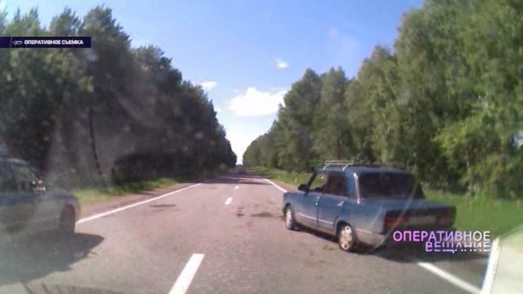 ВИДЕО: Борисоглебском районе сотрудники ДПС применили оружие, чтобы остановить «Жигули»