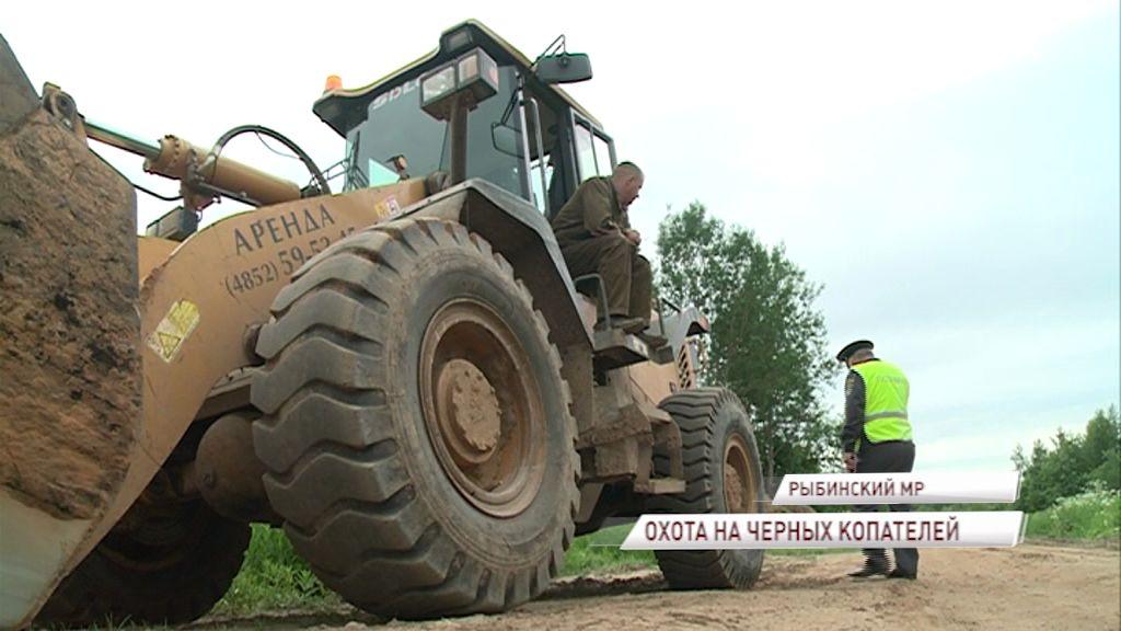 Охота на «черных» копателей в регионе продолжается