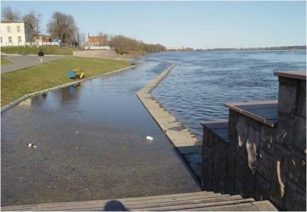Из-за сброса воды на Рыбинской ГЭС возможно подтопление низинных участков вдоль Волги