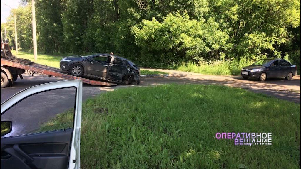 Три автомобиля столкнулись на Тутаевском шоссе