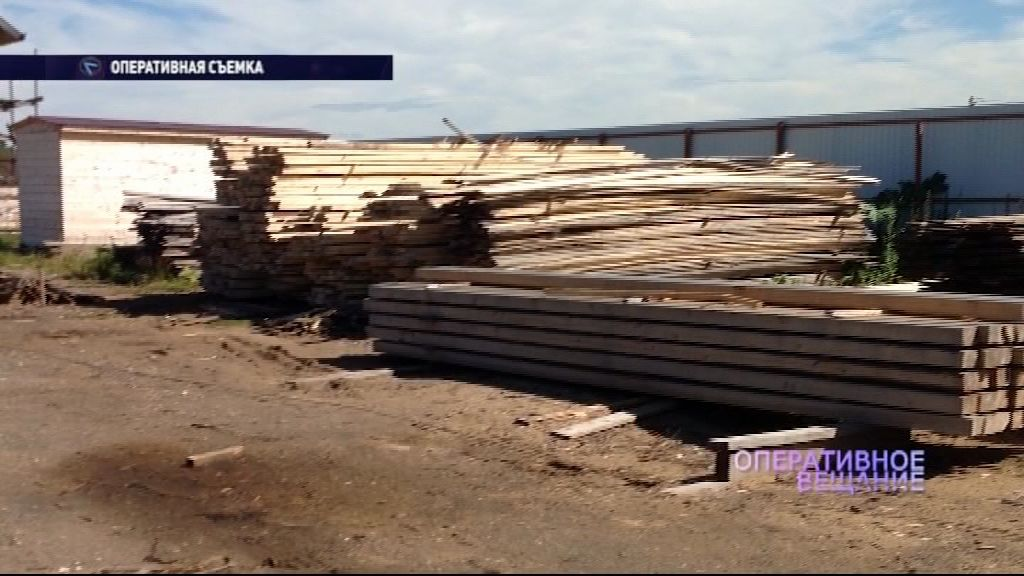 Приставы описали и вывезли имущество фирмы по обработке древесины