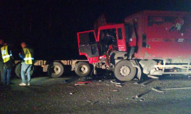 Тройное ДТП с участием грузовых автомобилей: погиб житель Вологодской области
