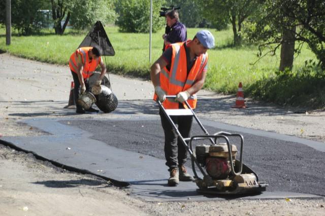 В Ярославле завершается ремонт дорог возле учебных учреждений