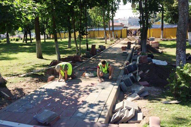 Благоустройство парка Победы в Угличе завершится первого сентября