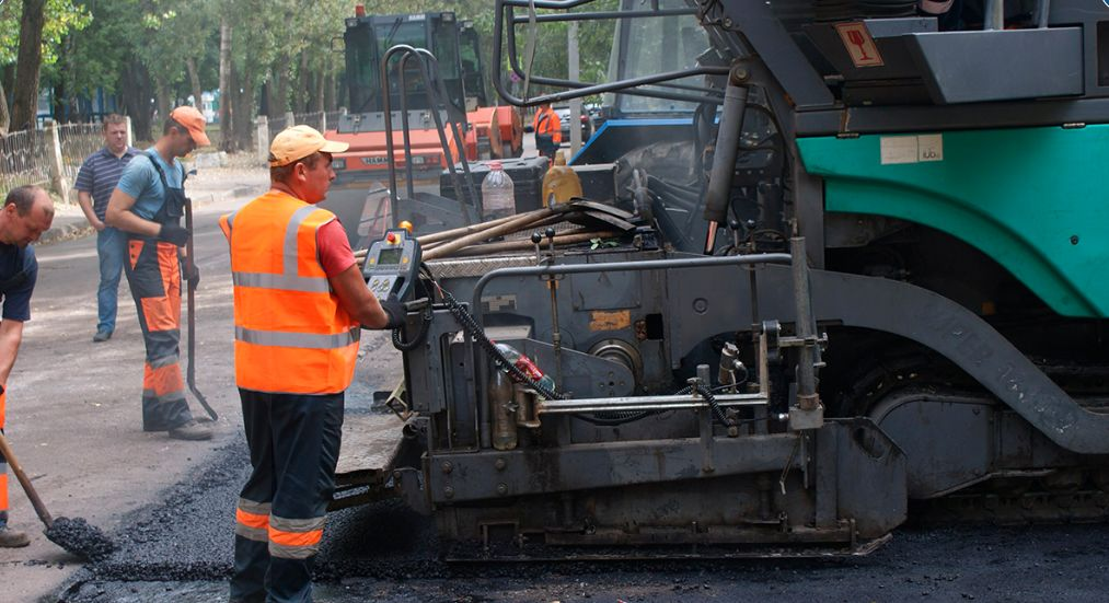 Капитальный ремонт дороги на улице Тургенева завершится до первого сентября