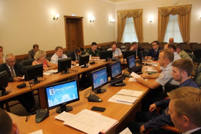 В День знаний на всех торжественных мероприятиях Ярославля будут дежурить полицейские