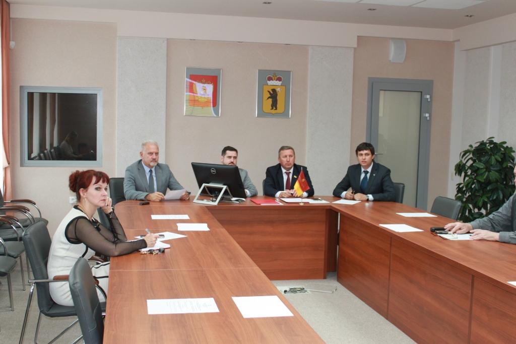 Выборы в Ярославской области будут контролировать общественники