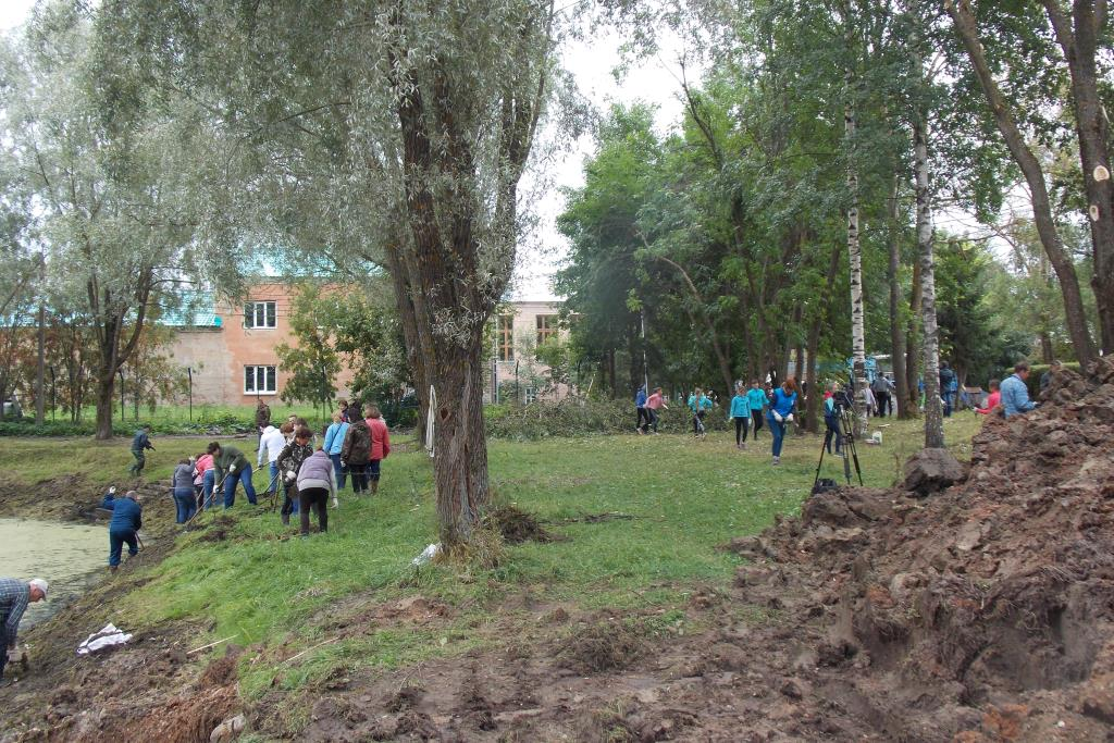 Жители Данилова приняли участие в благоустройстве Преображенского парка