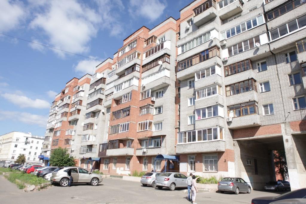 Коммунальный ад: в доме в центре Ярославля царит полная антисанитария