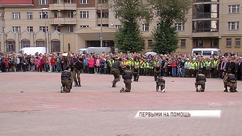 Сотни ярославских школьников получили ценные знания по правилам дорожного движения и поведению в экстремальных ситуациях