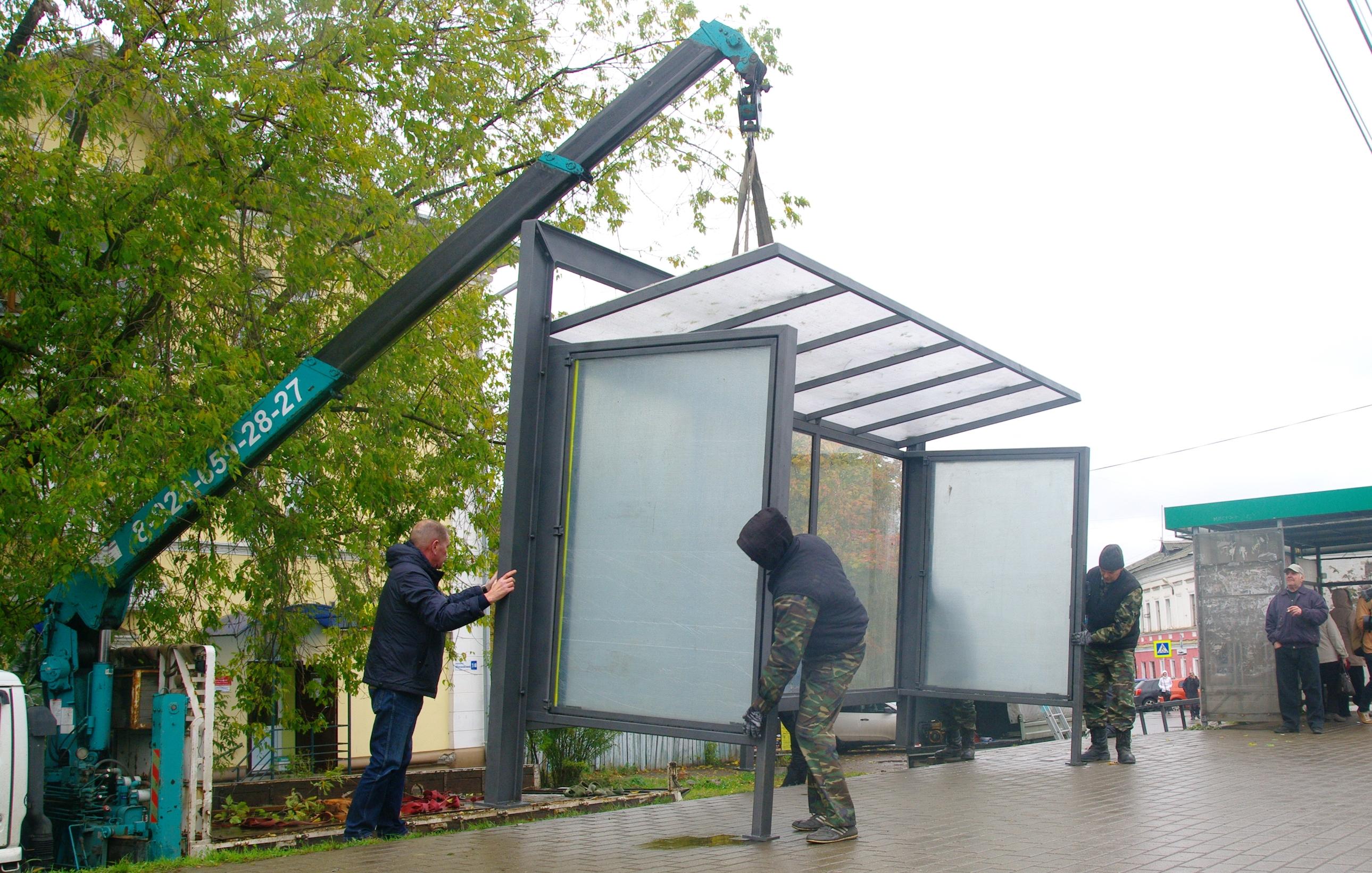 На Московском проспекте появился новый остановочный павильон